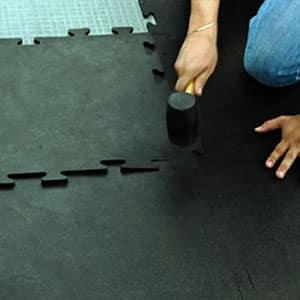 Tapetes para gimnasio con sistema modular